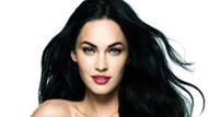 Megan Fox'tan olay yaratan cesur sevgililer günü pozları