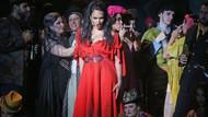 Kadın cinayetlerine opera sahnesinde tepki! Finali değiştirdiler