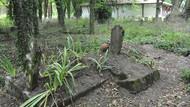 Issız Cuma mezarlığında yer değiştiren mezarın sırrı ne?