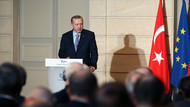 Erdoğan'dan Fransız gazeteciye: FETÖ ağzıyla konuşuyorsun