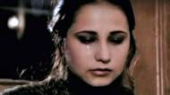 Burçin Terzioğlu'nun 17 yaşındaki estetiksiz hali şoke etti