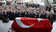Duayen fotoğrafçı Ara Güler son yolculuğuna uğurlandı