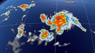 Hawaii'deki kasırga 1 kilometre uzunluğundaki bir adayı haritadan sildi
