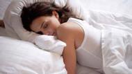 Sol tarafınıza yatmak en az uyku süreniz kadar önemli