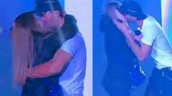 Enrique Iglesias konserinde sahneye aldığı seyirci ile öpüştü
