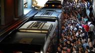 Gürsel Tekin: Metrolar, metrobüsler çalışma kamplarına giden vagonlar gibi