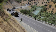 Hakkari'de üs bölgesine saldırı: 1 şehit, 4 yaralı
