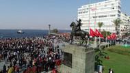İzmir'de binler Ata'ya Saygı Yürüyüşü'nde