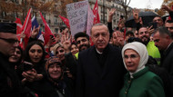 Erdoğan Paris'te büyük sevgi gösterisiyle karşılandı