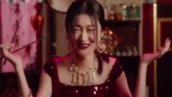 Dolce & Gabbana Çin halkı ile dalga geçip ırkçılık yapmakla suçlanıyor