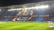 Trabzonspor taraftarından Fenerbahçe için müthiş koreografi