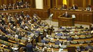 Rusya ile sıcak temas sağlayan Ukrayna 30 günlük sıkıyönetim ilan etti
