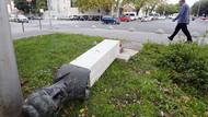 Partizan anıtını yıkmaya çalışan faşist, altında kaldı