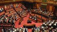 İtalya'da iki milletvekili Meclis tuvaletinde ilişkiye girerken basıldı