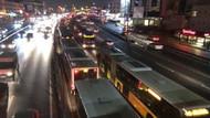 Arıza yapan metrobüs uzun araç kuyruklarına neden oldu