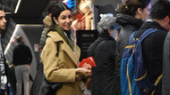 Ahu Yağtu metrobüs kalabalığına karıştı