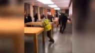 Fransa'daki gösteriler sırasında Apple mağazası yağmalandı