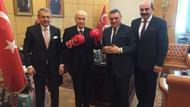 Devlet Bahçeli boks eldiveni giydi