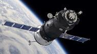 Elon Musk'tan 1000 uydulu internet projesi