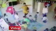 Kreşte skandal görüntüler! Çocuklara terlik ve tekmelerle vurdular