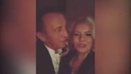 Ali Ağaoğlu, genç sevgilisiyle barda eğlenirken aşka geldi