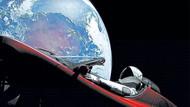 Tarihin en havalı otomobili: Elon Musk bir füzeyle iki kuş vurdu