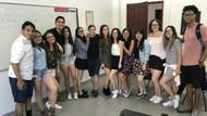 Kolombiyalı öğrencilerden mini etek protestosu