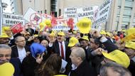 Taksicilerden medyaya ve devlete tehdit: Yakıp yıkmak istemiyorlarmış..