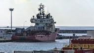 ABD'li gemi Limasol limanına demirledi, Rumlar'da sevinç