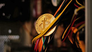 Apple'dan kripto para madenciliği yasağı