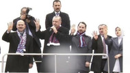 Erdoğan sağına Soylu'yu, soluna damat Albayrak'ı aldı