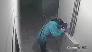 Pizzaya tüküren kurye güvenlik kamerasında