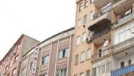 Üniversite öğrencisi, soyunup çatıya çıktı