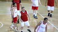 Bakan Osman Aşkın Bak medya mensuplarıyla basketbol maçı yaptı