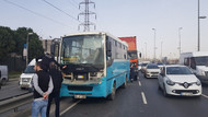 Küçükçekmece'de tır, özel halk otobüsüne çarptı: 15 yaralı