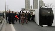 Çevik kuvvet midibüsü devrildi: 5 polis yaralı