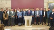 CHP'den 15 milletvekilinin İYİ Parti'ye katılması sosyal medyayı salladı
