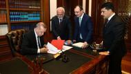 Cumhurbaşkanı Erdoğan adaylık için imzayı attı