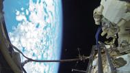 8 yaşındaki çocuğun uzay resmini beğenmeyen öğretmene tokat gibi yanıt