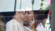 Beckham'ın oğlu, Playboy güzeliyle dudak dudağa