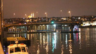 Modern Karaköy İskelesi yerine yerleştirildi