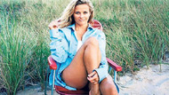 Reese Witherspoon sahilde keyif yaptı