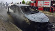 15 günlük otomobili park halindeyken cayır cayır yandı