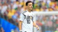 Mesut Özil Alman Milli Takımında ilk kez yedek kaldı