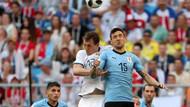 Uruguay Dünya Kupası'nda grubunu namağlup lider bitirdi