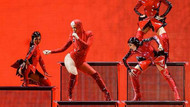 Katy Perry Berlin'i salladı