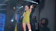 Aleyna Tilki Antalya konserinde ultra mini eteğiyle sınırları zorladı