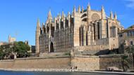 Skandallar mecbur bıraktı: Mallorca'da üstsüz dolaşmak artık yasak