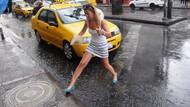 Meteoroloji uyarmıştı: İstanbul'da gök gürültülü sağanak yağış başladı