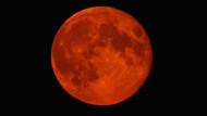 Kanlı Ay tutulması: Yüzyılın en uzun tutulması bugün kaçta başlayacak, nereden izlenecek?
